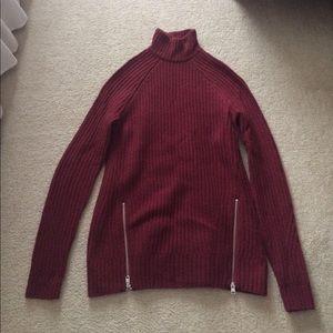 NWOT Abercrombie Turtleneck Tunic Sweater Size S